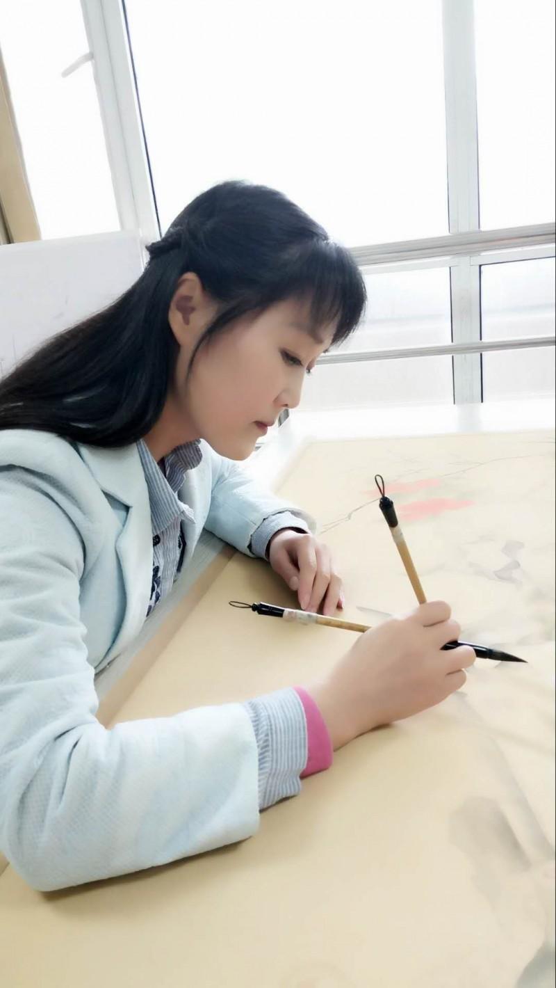 张彬:中企艺联书画院全国推荐艺术家