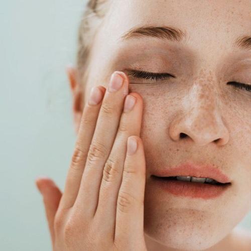 简单高效补水,巴黎美容院新贵Swanna给护肤做减法